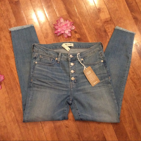Madewell Denim - Madwell jean size 28 button fly